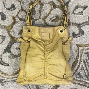 💕 B. Makowsky yellow leather large tote bag 💕